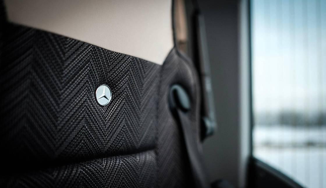 Lux Charter Mercedes-Benz turvaline ja kvaliteetne turismibuss