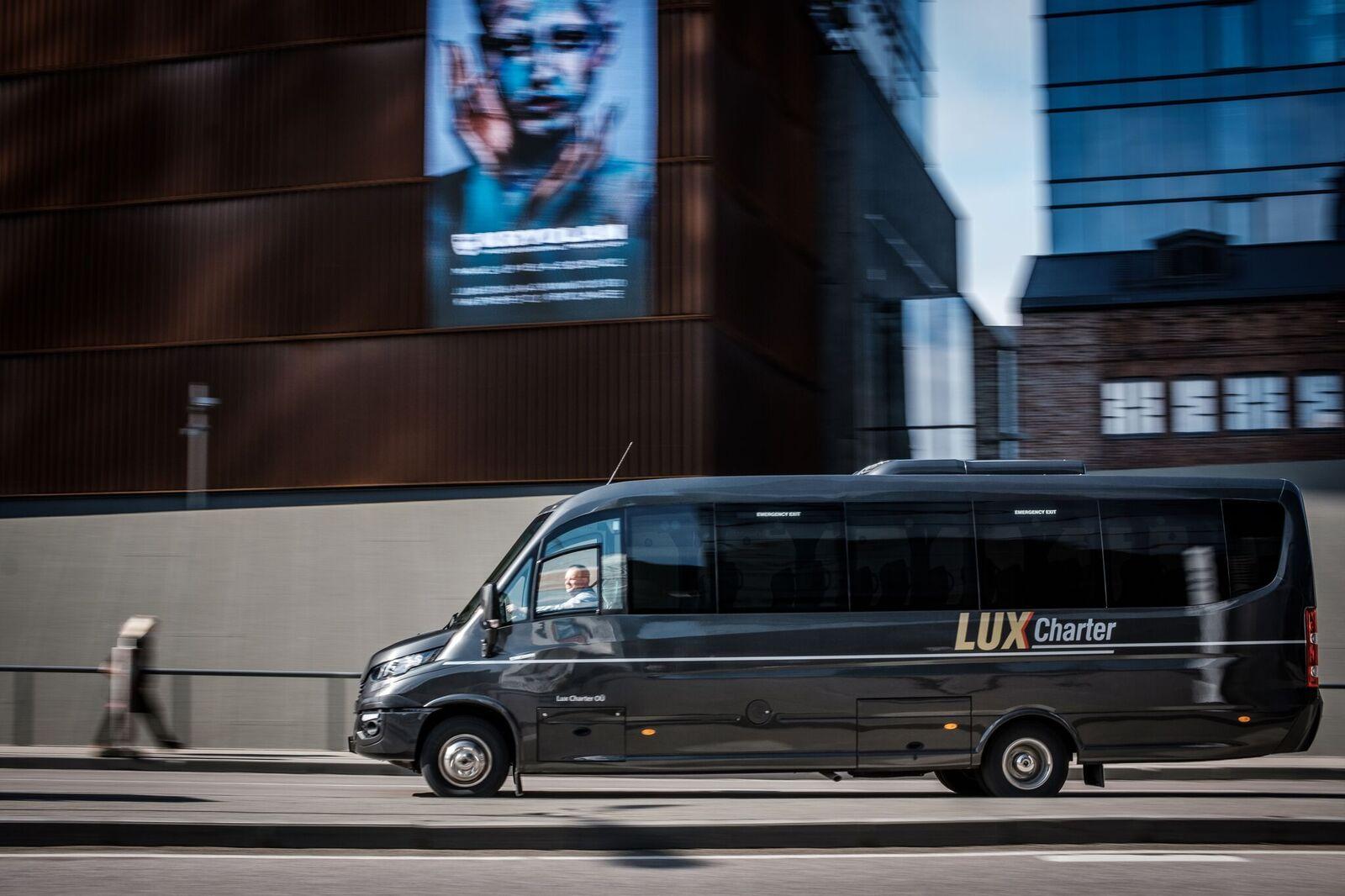 Minibuss Lux Charter 28 koht tellimusvedu