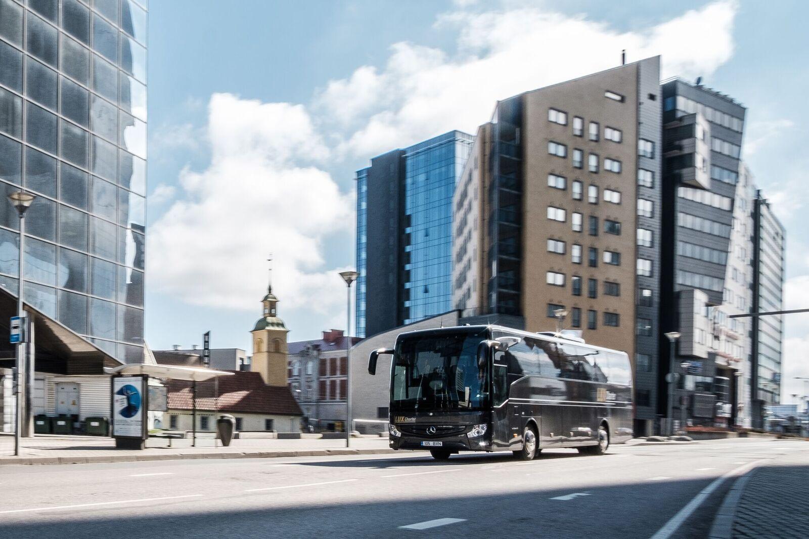 Telli Lux Charter. Telli buss.